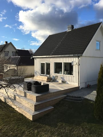 3 bedroom house with jacuzzi - Tønsberg - Casa