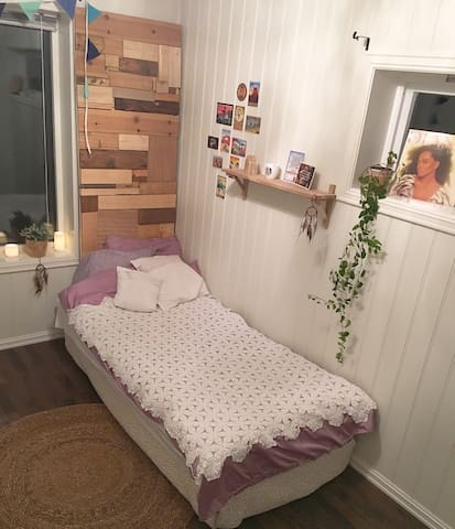 Charming room close to city center