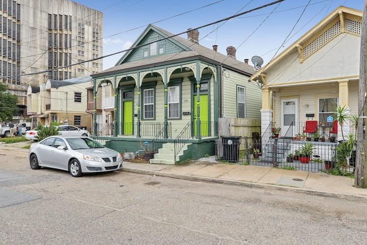 Historic New Orleans Shotgun Home 7 mins to FQ