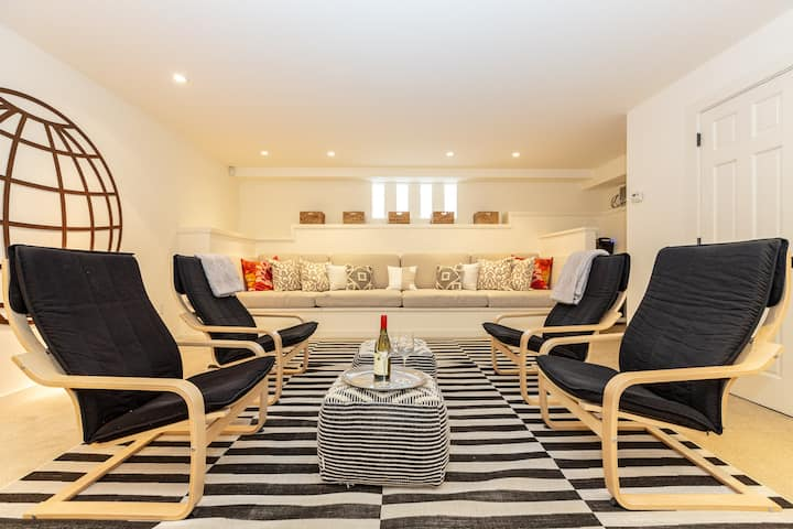 Urban Chic in Lower Pacific Heights