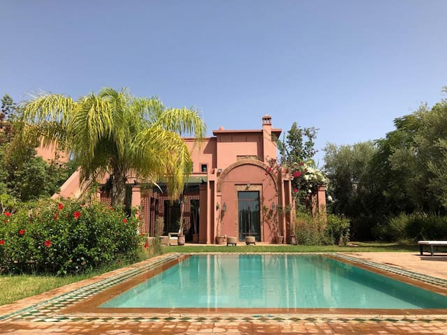 Magnifique Villa Marrakech Avec piscine