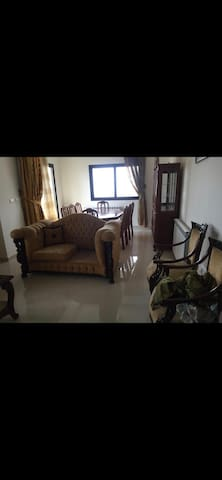 Newly Furnished Duplex in a quiet neighboorhood