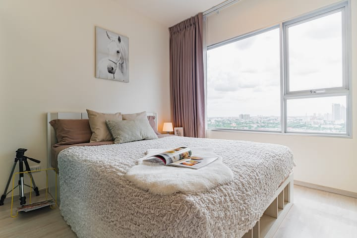 High rise room with nice view near MRT, Chatuchak