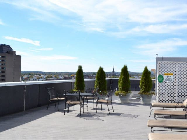 City view on Roof tanning deck Downtown Manchester - Manchester - Apartmen