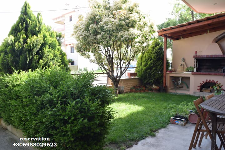⭐ LOVELY HOUSE WITH GARDEN AND FREE PARKING