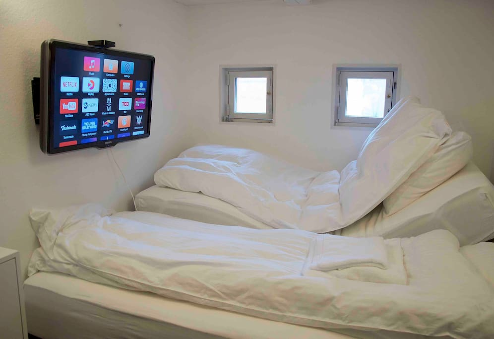 Elevation beds are perfect sofas for watching Netflix movies. And very comfortable.