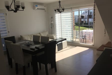 EXCELLENT APT IN NORDELTA! AS NEW! - Leilighet