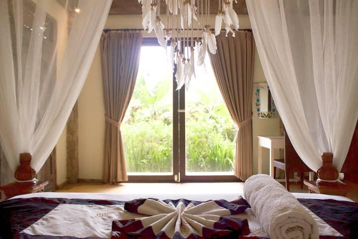Serene and Sweet Sanctuary for Splendid Solitude!