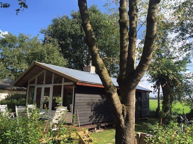 Casa Veldzicht close @ city Groningen - Matsloot - House