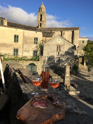 chambres dans maison de village - Santa Lucia Di Mercurio  - House
