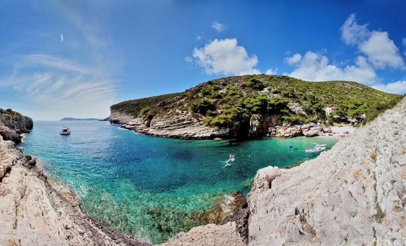 Rent a Boat - Croatia / Skipper Included in Price! - Supetar - Boat