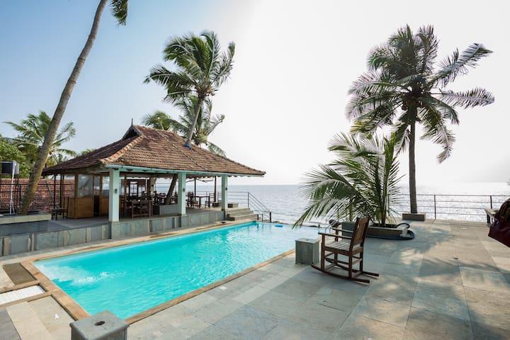 Cherai Beach Resor Garden View Room