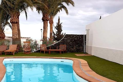 Hippocrates lejlighed, Tahiche Lanzarote