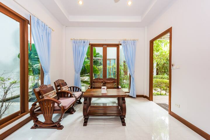 Deluxe villa  Kata beach