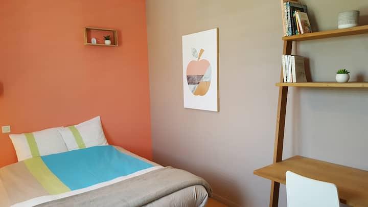 Chambre spacieuse dans villa 3 minutes de Lectoure