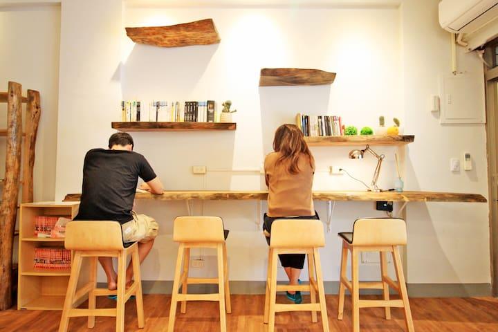 台東市,青年旅館,背包客,便宜平價,乾淨,床位,可大量預定,包棟住宿。