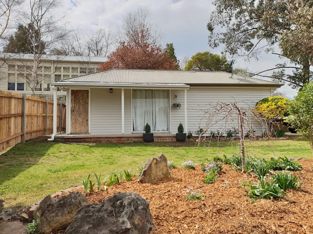 Tranquil cottage in the heart of Mittagong