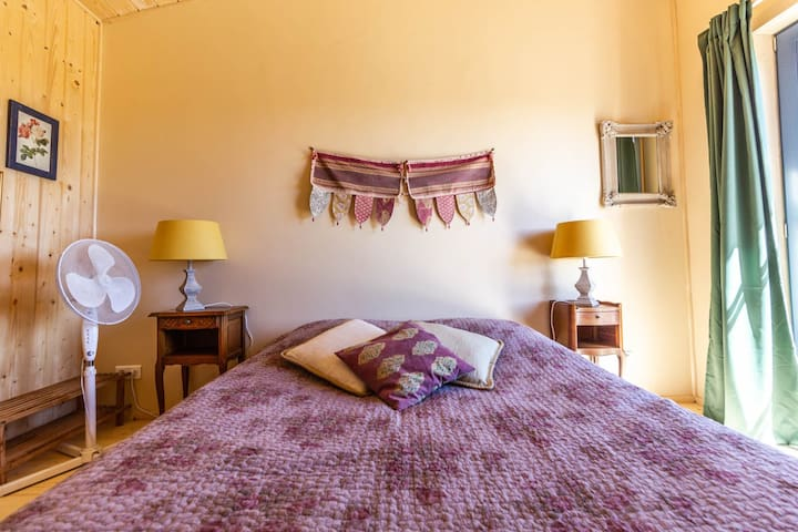 Romantic French/bohemian room