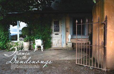 Sunrise Cottage (at Mont du Soleil Estate)