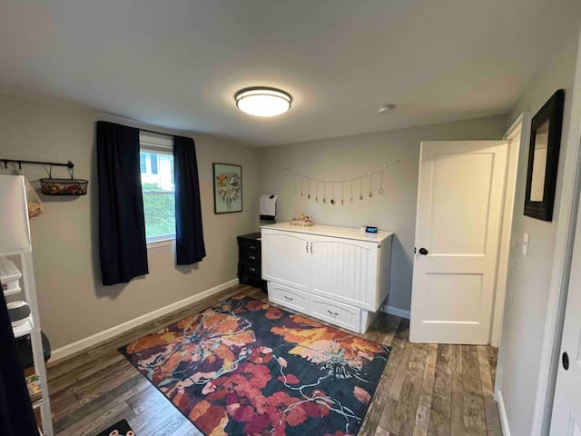 There is a queen size cabinet bed with a 6' thick memory foam mattress in the second bedroom. If you are travelling with young children, you can set up our pack and play in this room and use our white noise, baby camera and monitor.