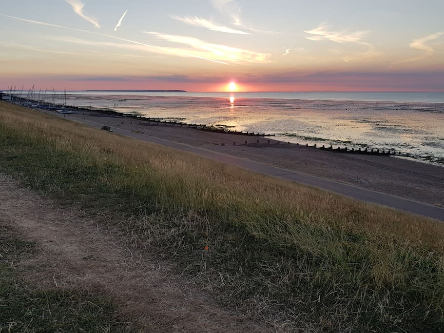 Beautiful sunsets from Tankerton slopes