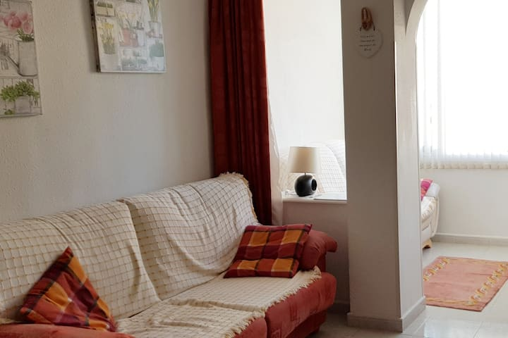 3 MIN TO THE BEACH- Calpe- Apartment for 4pple