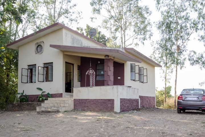 Hill top Villa - Pune - Huis