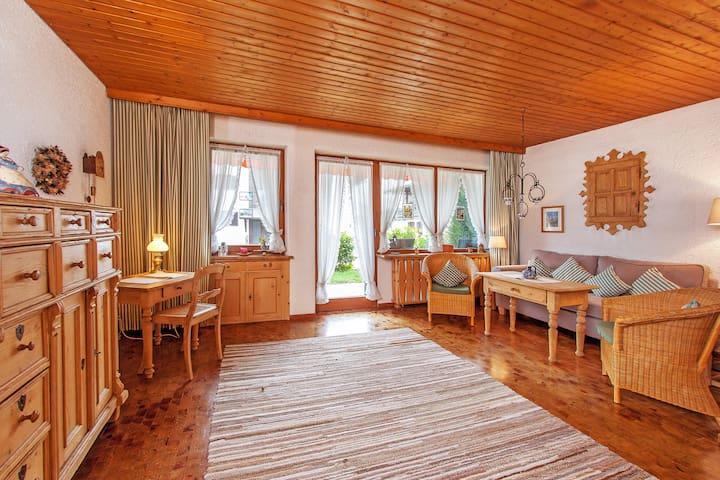 Gemütliche Wohnung mit zwei Terrassen & Bergblick