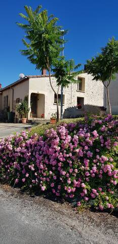 Sos.aquitaine.village cottage with pool no 6