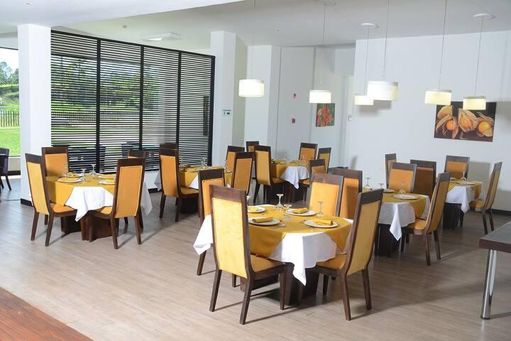 Aparta suite con piscina,clubhouse - Armênia - Apartamento