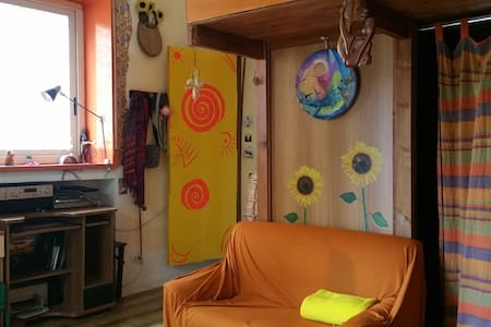 Cosy and charming appartement in private garden - Barrafranca