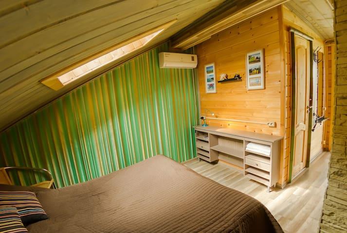 Дом-баня на берегу Плещеева озера