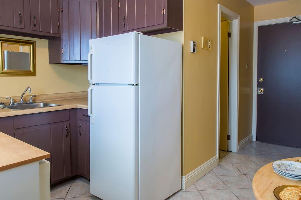 Kitchen including dishwasher