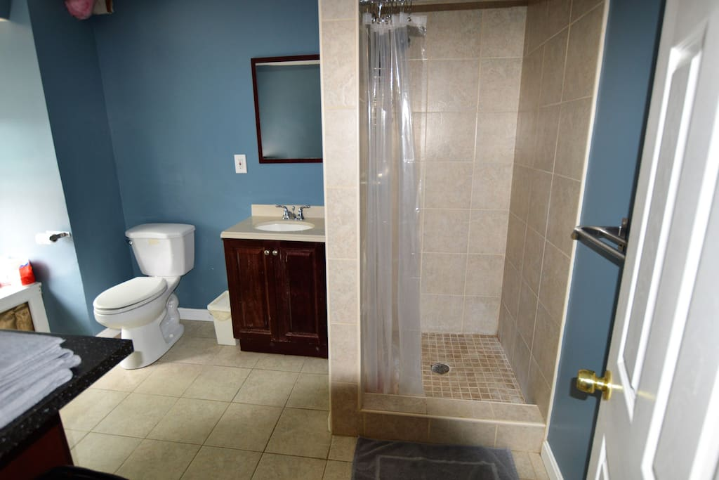 3/4 bath with laundry