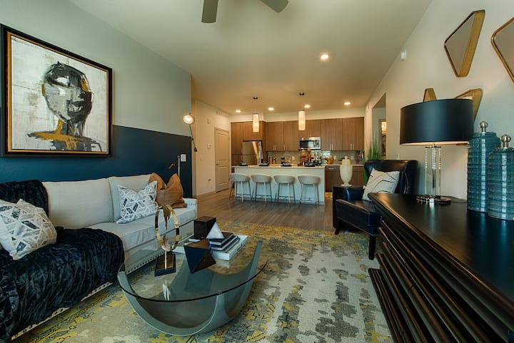 Incredible apartment home | 2BR in Peoria