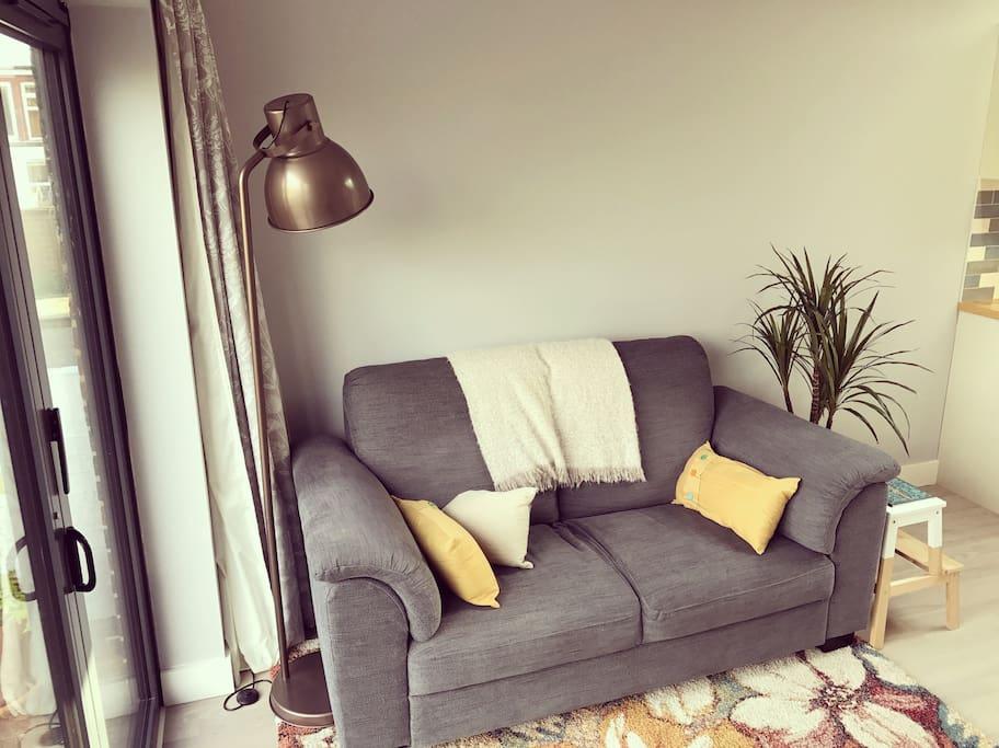 The comfy sofa!
