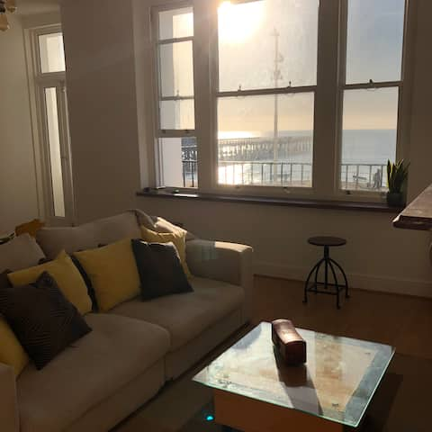 Stylish Seafront Flat