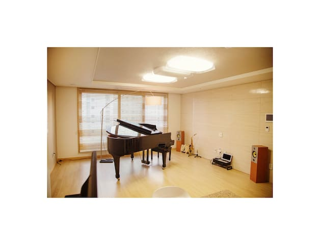 Living in Artist's Residence (Brand New Apartment) - Seongnam-si - Apartamento