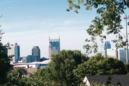 Easy walk to the heart of Nashville - 1.5mile - Nashville - Ház