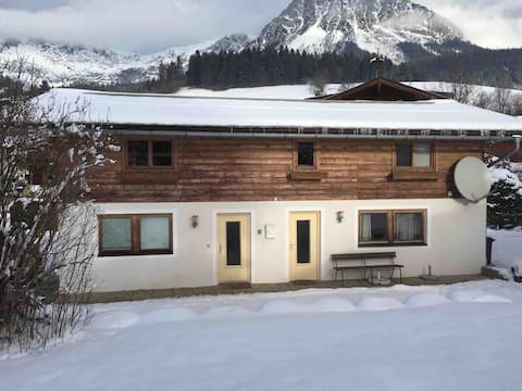 2 bed house, stunning view mountain