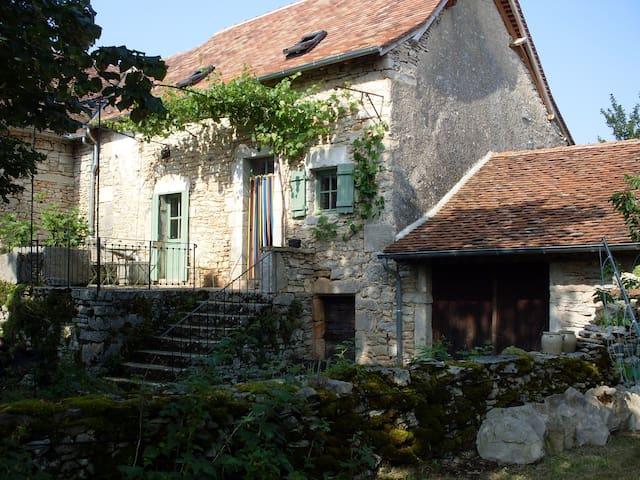 Mas de Laurensou - Grèzes - Huis