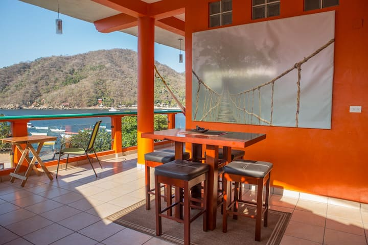 Casa Romina: Beautiful Views of Yelapa Bay