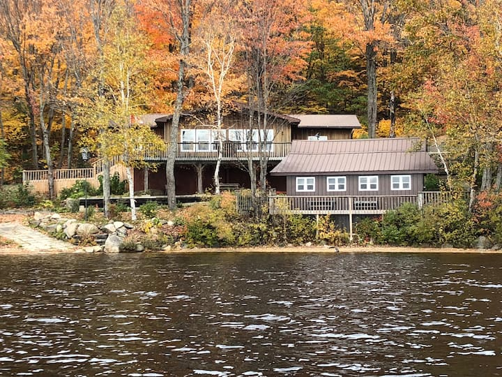 Napper Cottage (Private lakefront property)