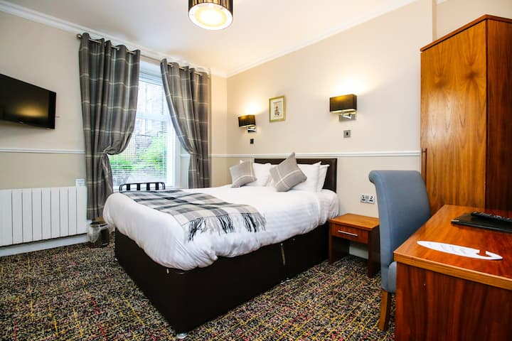 Modern Double Rooms near The SSE Hydro