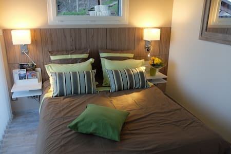 La CADANISE - Suite 56 - - Saint-Éloy-les-Mines - Bed & Breakfast