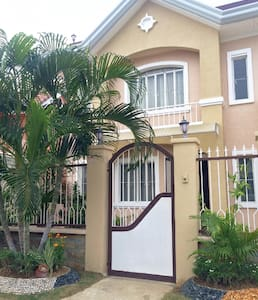 3BD Secured Family Home - Talisay City