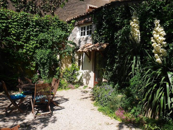 Maisonnette  dans le Luberon