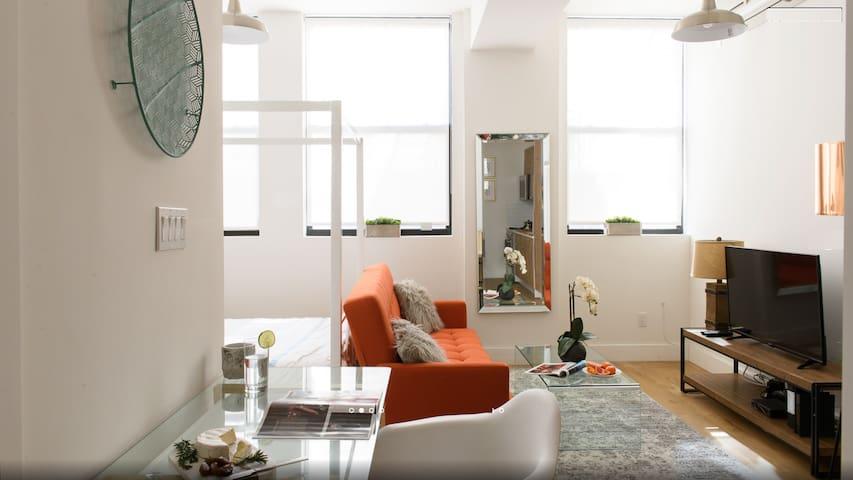 Brand New Elev BLDG Luxury Studio~heart of NYC~