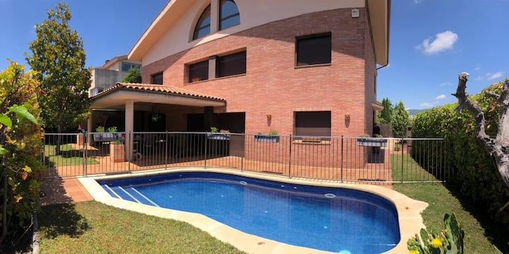 Casa amplia y acogedora en la Garriga
