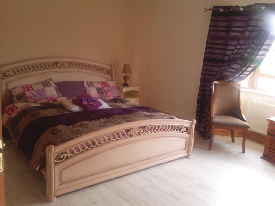master bedroom, shared ensuite